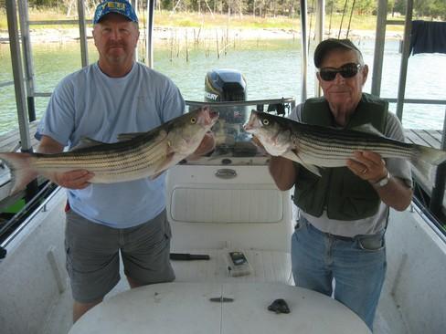 Beaver lake striped bass fishing report 09 04 2016 for Beaver lake fishing guides