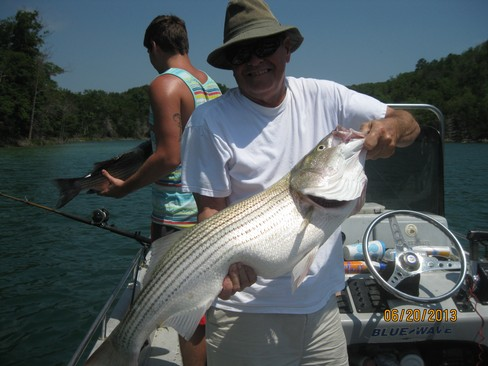 Beaver lake striped bass fishing report 06 20 2013 for Beaver lake arkansas fishing report